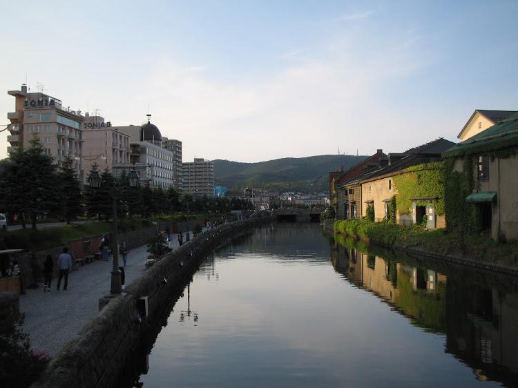 小樽運河。札幌の応援ナースなら1時間で行けます。