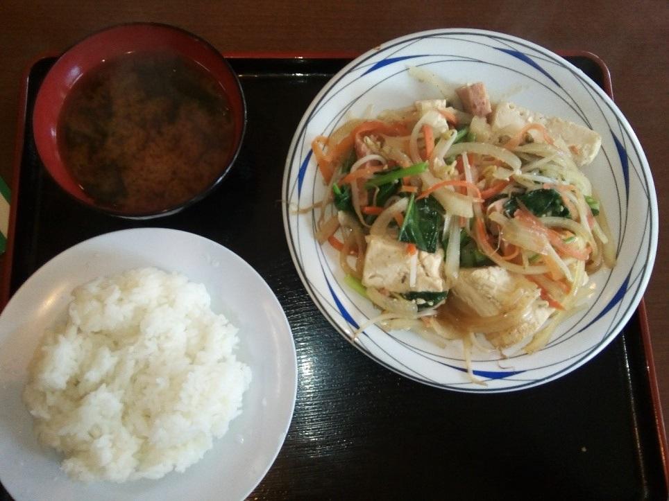 沖縄のチャンプルー定食